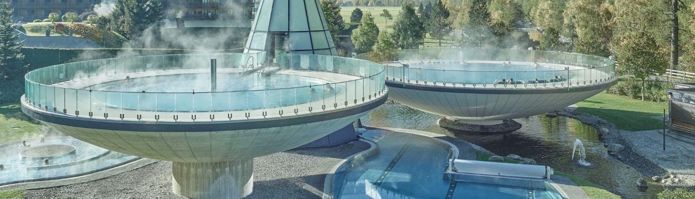 Aqua Dome Außenpools im Sommer